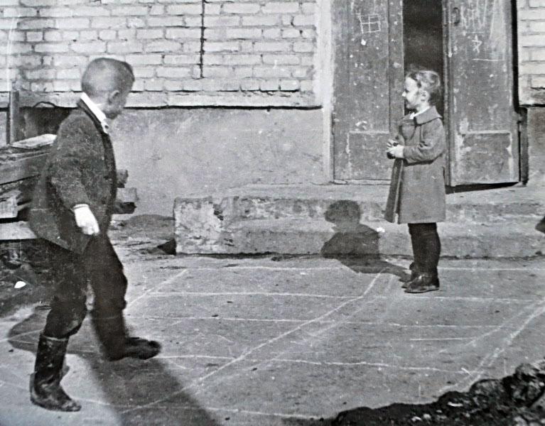 Игры времен СССР, детские игры советских детей, во что играли дети в советское время